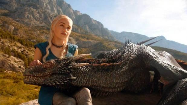 daenerys-targaryen-dragon
